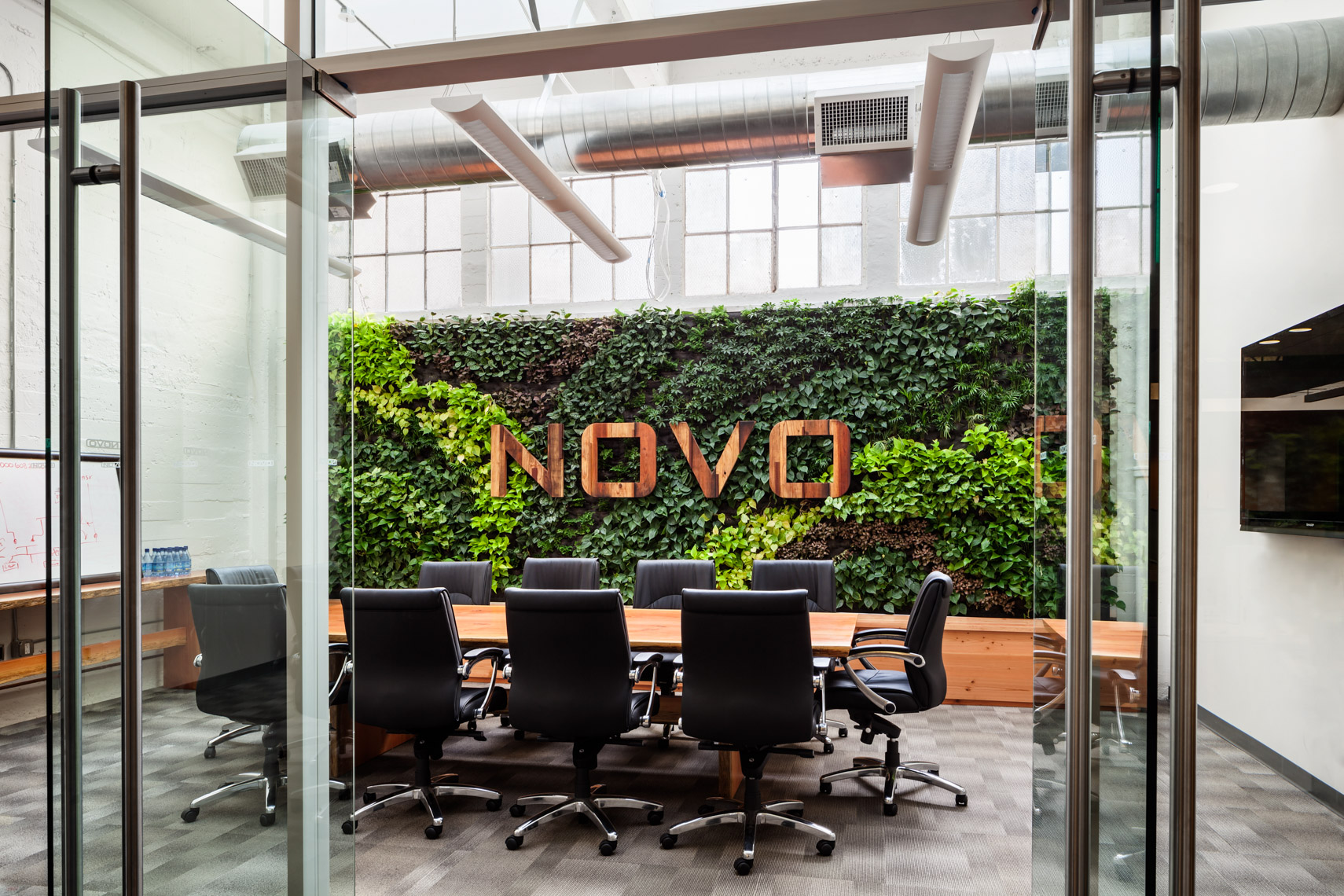 Novo Construction Headquarters , San Francisco, CA | © Garry Belinsky Photography
